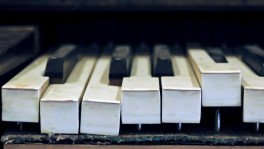 Four cases where pianos played a part